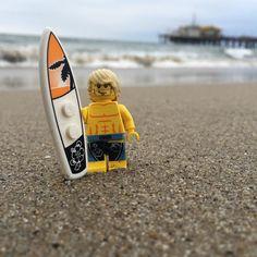 Day at the #beach #lego #surfer #surf #minifigures #minifigure #legophotography #legostagram #instalego #toys #toyphotography #photography #santamonicabeach #california #bricknetwork #brickpichub #brickcentral by williesbricks