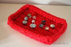 Ganchillo al fresco: trapillo Bandeja para anillos Tutorial facilisimo ❥Teresa Restegui http://www.pinterest.com/teretegui/❥