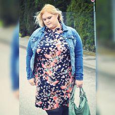Über Bodyconkleider für fat girls inflationäre Lieblingskleider und deutsche meckerköppe. Heute im neuen Post  feat.  @sheego_fashion  & @annascholz  curvyfashionelli.com  snapchat elli_9381  #effyourbeautystandards #celebratemysize #teamcurvy #psblogger #plusmodelmag #curvyfayhionelli #skorchmagagazine #curvyfashion #plussize #fatshionista by curvyfashionelli