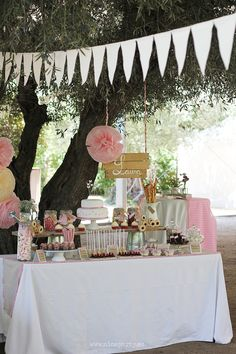 36 Ideas Birthday Cake Girl Dessert Tables For 2019 21st Birthday Cake For Girls, Birthday Gift For Him, Cool Birthday Cakes, Birthday Parties, Husband Birthday, Birthday Crafts, Birthday Ideas, Ideas Decoracion Cumpleaños, Ideas Para Fiestas