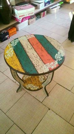 Reupholster Furniture, Decoupage Furniture, Decoupage Art, Chalk Paint Furniture, Diy Furniture Projects, Handmade Furniture, Repurposed Furniture, Furniture Makeover, Wood Projects