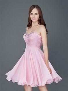 8fea45149161 Pin από το χρήστη oikonomikos gamos στον πίνακα Νυφικά Φορέματα ...