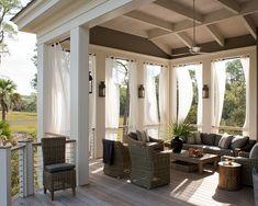 Stylish Outdoor Lounge Area Design
