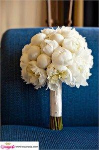 دسته گل سفید عروس