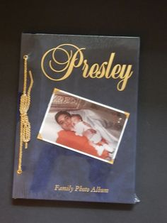 Elvis Presley Family Photo Album Factory Sealed Hardcover Gold Details Pictures