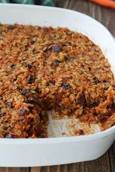 Carrot Cake Baked Oatmeal Recipe 238 calories 6 weight watchers points plus The Oatmeal, Vegan Oatmeal, No Carb Recipes, Cooking Recipes, Amish Recipes, Dutch Recipes, Breakfast Time, Breakfast Recipes, Baked Oatmeal Recipes