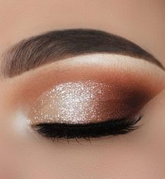 35 Hottest Eye Makeup Looks For Day And Evening , soft glam eye shadow Loading. 35 Hottest Eye Makeup Looks For Day And Evening , soft glam eye shadow Soft Makeup Looks, Soft Eye Makeup, Dramatic Eye Makeup, Glam Makeup Look, Eye Makeup Steps, Creative Makeup Looks, Simple Makeup, Eyeshadow Makeup, Natural Makeup