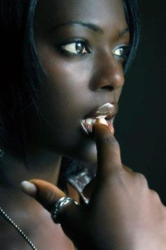 Your Dark Skin - Ta peau nue noire