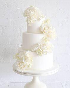 white wedding cake / sweetbloomcakes