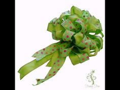 Make a Big Bow Using Two Ribbons with the Pro Bow Bowmaker at Trendy Tree