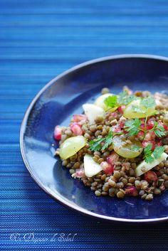 Salade de lentilles, raisins, pomme et grenade.©Edda Onorato