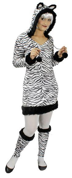 Zebras besitzen ihre Streifen um sich in der Herde vor Ihren Angreifern wie Löwen oder Hyänen zu schützen und unsichtbar zu werden. Doch mit diesem wunderschönen Damen Zebra Kostüm werden Sie in der Masse garantiert herausstechen und die ganzen männlichen Raubtiere werden Sie zum Fressen gern haben zu Karneval oder der Mottoparty!