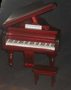 Klavier + Hocker, mahagonie (I)