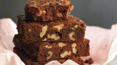 Brownies con nueces Brownies, Desserts, Chocolates, Food, Walnut Recipes, Pastries, Cooking, Apple Cakes, Pies