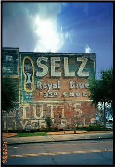 Selz Royal Blue Shoes ghost sign, Columbus, Mississippi