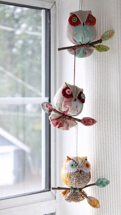 I m currently working on a new owl ornament pattern requested by kay who has made over 100 of my bird ornaments and wanted another simple aEasy Owl Ornaments for Christmas or All Year - Quilting DigestPatchworkPottery: Search results for owl Ornament Pattern, Owl Ornament, Bird Ornaments, Easy Ornaments, Owl Sewing, Sewing Toys, Sewing Crafts, Owl Patterns, Craft Patterns