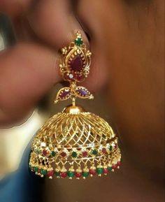 Sparkling Fashion: Gold Jhumka Earring designs latest 2019/ Gold buttalu Gold Jhumka Earrings, Jewelry Design Earrings, Gold Earrings Designs, Gold Jewellery Design, Designer Earrings, Handmade Jewellery, Necklace Designs, Fashion Earrings, Earrings Handmade
