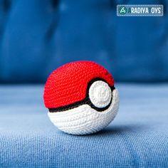 "Häkelanleitung für den Pokeball aus ""Pokemon"" von AradiyaToys - Häkelanleitungen bei Makerist"