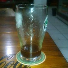 Cerveja Cacau Oatmeal Stout, estilo Oatmeal Stout, produzida por  Cervejaria Caseira, Brasil. 6% ABV de álcool.