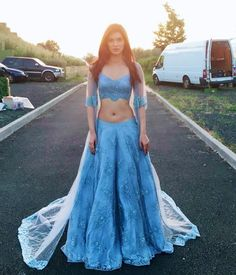 Kriti sanon cute and hot bollywood Indian actress model unseen latest very beautiful and sexy wedding smile images of her body curve south r. Bollywood Girls, Bollywood Actress Hot, Beautiful Bollywood Actress, Indian Bollywood, Bollywood Fashion, Beautiful Actresses, Bollywood Bikini, Bollywood Style, Pakistani