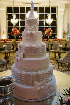 Wedding Cakes More Wedding Cakes Ideas: Wedding Cakes 1 Wedding Cakes 2 Big Wedding Cakes, Elegant Wedding Cakes, Beautiful Wedding Cakes, Gorgeous Cakes, Wedding Cake Designs, Pretty Cakes, Cute Cakes, Amazing Cakes, Wooden Cake Toppers