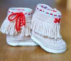 Baby Moccasin Fringe Booties amigurumi crochet pattern by Matilda's Meadow