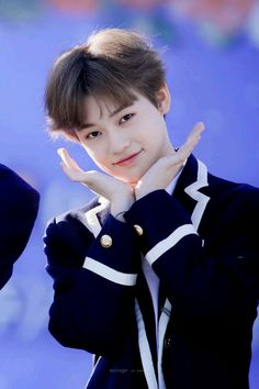 Read CHENLE (NCT) from the story Idol As Your.[Male Idol~Kpop] by Alicja__Delicja with 712 reads. k-pop, exo, nct. Dla --MoonRain-- Chenle as your fiance~So. Nct 127, Winwin, K Pop, Selfies, Nct Dream Chenle, Baby Dolphins, Nct Chenle, Nct Group, Nct Life