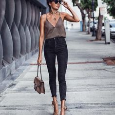 skinny, high-waisted jeans The best ideas on how to . skinny, high-waisted jeans The best ideas on how to . 3 Outstanding Fall 2019 Fashion Combos with Skinny Jeans Knotted Up FASHIONED How To Wear High Waisted Jeans, High Waist Jeans, Black High Waisted Jeans Outfit, Black Skinny Jeans Outfit Night, High Jeans, Skinny Black Jeans, Black Jeans Summer, Skinny Jeans Heels, Skinny Jeans Style