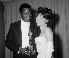 Sidney Poitier and Anne Bancroft at the 1963 Oscars