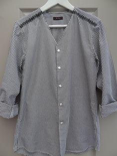 Bonjour, Customiser une chemise d'homme, c'est mon dada du moment. Pour ce deuxième essai, j'ai laissé tomber la dentelle au profit d'un joli ruban vert qui m'a fait c…