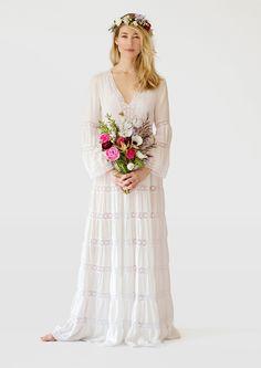 Bohemian Wedding Dress: Stone Fox Bride the Caitlin Dress Wedding Robe, Outdoor Wedding Dress, Bohemian Wedding Dresses, Hippie Dresses, Best Wedding Dresses, Designer Wedding Dresses, Boho Dress, Wedding Gowns, Trendy Wedding