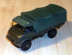 """Dinky Toys """"Bundeswehr Unimog mit Plane"""" Zustand siehe Fotos"""