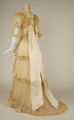 Evening dress Designer: Jacques Doucet  Date: 1906–7 Culture: French Medium: silk Accession Number: C.I.51.13.2a–c