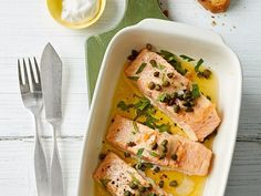 Salmon from the oven- Lachs aus dem Backofen Salmon from the oven - Shellfish Recipes, Shrimp Recipes, Salmon Recipes, Meat Recipes, Crockpot Recipes, Dinner Recipes, Dieta Atkins, Fish Dishes, Healthy Dessert Recipes