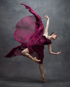 "From the book ""The Art of Movement"" by fashion/beauty photographer Ken Browar and dancer/photographer Deborah Ory."