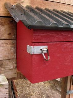 Get your Predator-Proof Nesting Box on with this great tutorial by The Garden Coop. #DIYchickencoopplans