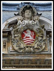 Panoramio - Photo of Karlovy Vary, Lázně I, Císařské lázně Czech Republic, Buddha, Statue, Bohemia, Sculptures, Sculpture
