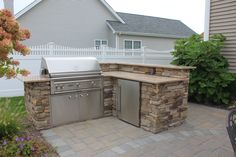 Even if you have a smaller patio, you can still have an outdoor kitchen!
