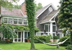 Hydrangea Hill Cottage: The Hamptons Home and Gardens of Charlotte Moss Hamptons House, The Hamptons, Houses Architecture, My Dream Home, Curb Appeal, Exterior Design, Future House, Beautiful Homes, Outdoor Living
