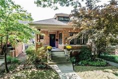 1104 Brummel Street is a 3 bed, 2 bath, 2063 Sq Ft property in Evanston, IL. View more information about this property on Homesnap. Evanston Illinois, What House, Craftsman Style Homes, Cute House, San Antonio, Bungalow, Cabin, Architecture, Street