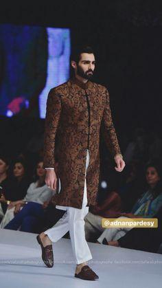 Wedding Kurta For Men, Wedding Dresses Men Indian, Wedding Dress Men, Punjabi Wedding, Wedding Outfits, Indian Weddings, Wedding Couples, Wedding Ideas, Mens Indian Wear