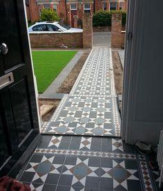Victorian Front Garden, Victorian Terrace House, Victorian Tiles, Front Garden Path, Front Path, Small Courtyard Gardens, Small Courtyards, Fireplace Hearth Tiles, Porch Tile