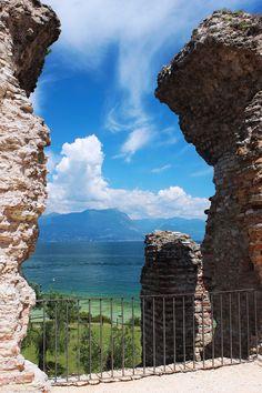 Sito Ufficiale del Comune di Sirmione - News Lake Garda, City Architecture, Lake Como, Mount Rushmore, Cities, Mountains, World, Places, Travel