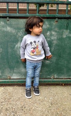 Lo-fi kid's style, you can't go wrong with trainers, denim and vintage sweatshirt.