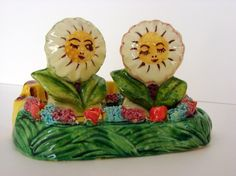 Cheerful vintage salt and pepper shakers