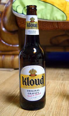 Foto: KloudLotteKorea Beer Bottle, Signs, The Originals, Drinks, Photos, Beer, Drinking, Beverages, Shop Signs