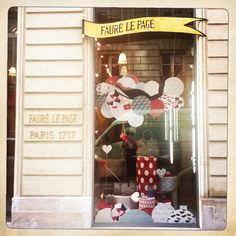Window display in Cambon store Fauré le Page #faurelepage #windowdisplay #cambon