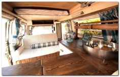 Beautiful RV Camper Does Van Life Remodel Inspire You. You're likely to have to do something similar for van life also. Van life lets you be spontaneous. Van life will consistently motivate you to carry on. Kombi Trailer, Kombi Motorhome, Camper Trailers, Van Conversion Interior, Camper Van Conversion Diy, Bus Camper, Camper Life, Transit Camper, Mini Camper