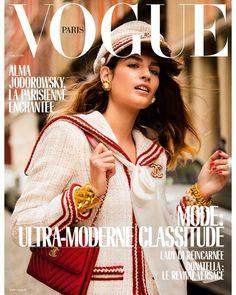 Alma Jodorowsky en couverture du numéro d'avril 2018 de Vogue Paris par Inez