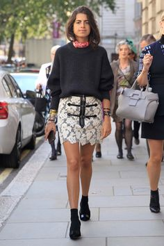 Leandra Medine at LFW Sept 2015 - All the best street style looks from London Fashion Week Stylish Street Style, Spring Street Style, Cool Street Fashion, Street Style Looks, Leandra Medine, London Fashion Weeks, Celebrity Outfits, Girl Fashion, Womens Fashion